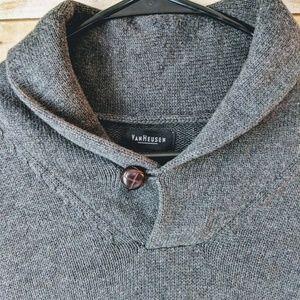 VanHeusen   MEN'S V-Neck Grey Sweater